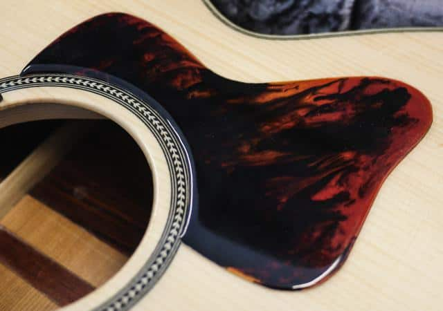 Gibson style acoustic pickguard