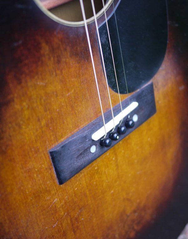 flat top guitar