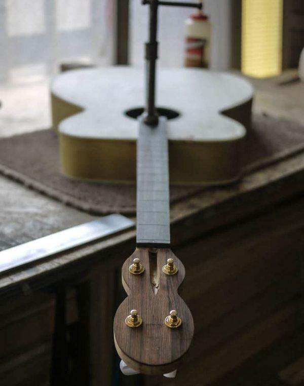 make a guitarr