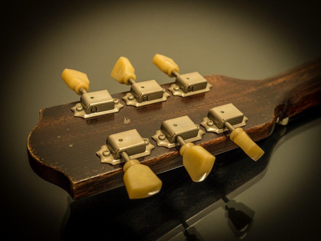 Session King guitar